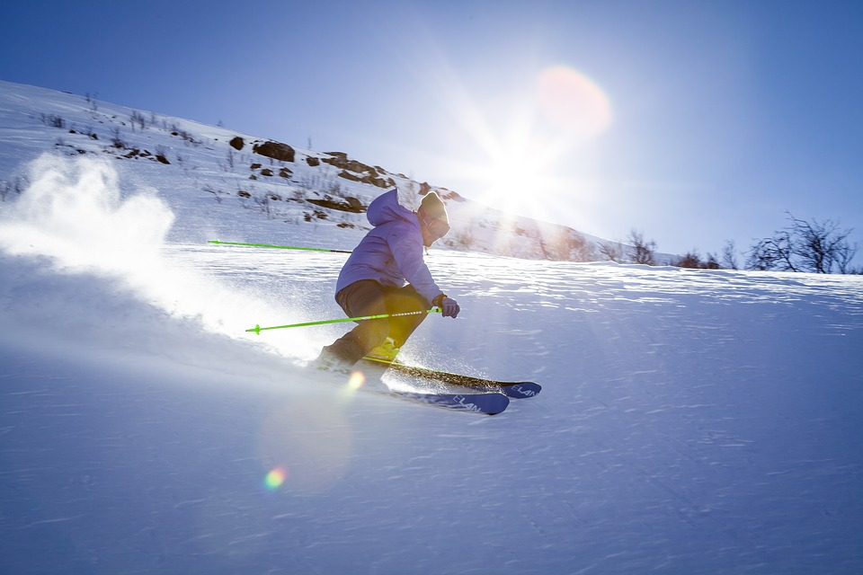 "Where to ski low cost, map and prices for ""having fun"" with the autumn snow"